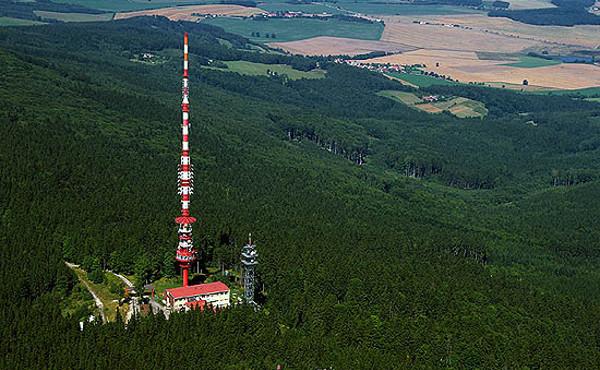 3848fe8b29e Dvaadvacet individuálních oprávnění k využívání kmitočtů na základních  vysílačích vlastní přechodové sítě DVB-T2 již získaly České Radiokomunikace.