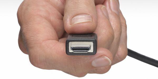 Společné ovládání set-top boxu a televize přes HDMI (CEC